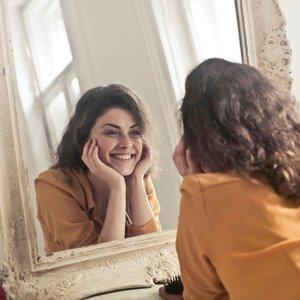 Image for My hallucinatory homemade recipe for aggravated winter skin & acne breakouts will float your boat - big time.